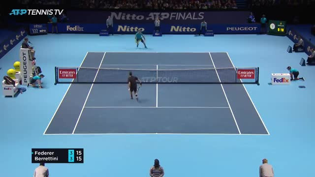 HIGHLIGHTS: Roger Federer 2-0 Matteo Berrettini (ATP Finals 2019)